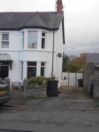 2 bed flat to rent in Nant Y Glyn Road, Colwyn Bay LL29