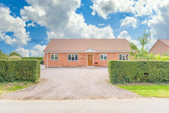 Thumbnail Detached bungalow for sale in North Road, Tattershall Thorpe, Lincoln