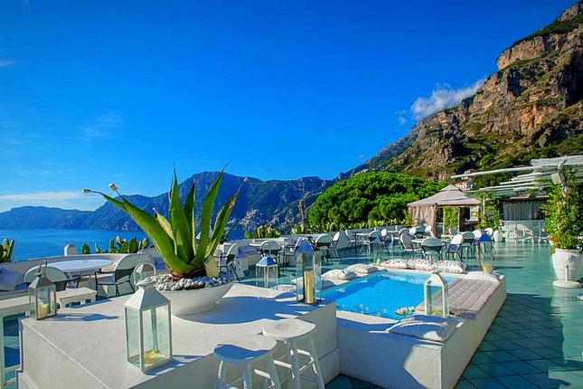 Thumbnail Hotel/guest house for sale in Waterfront, Amalfi, Salerno, Campania, Italy