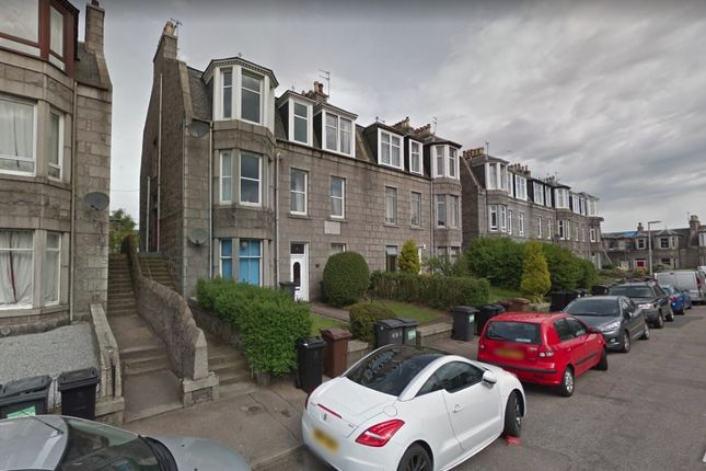 Thumbnail Flat to rent in Elmfield Avenue, Old Aberdeen, Aberdeen