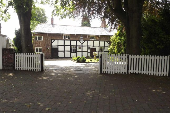 Thumbnail Cottage for sale in The Village, Flixton, Urmston, Manchester