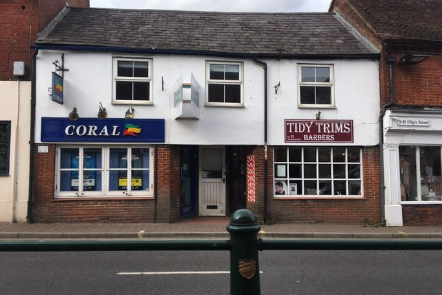Thumbnail Flat to rent in High Street, Fordingbridge, Hampshire