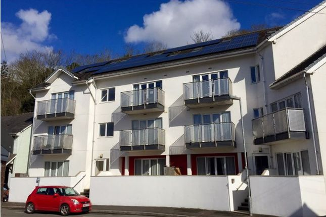 Flat to rent in Looe Road, Exeter