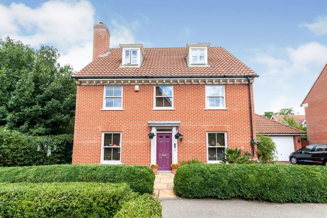 Thumbnail Detached house for sale in South Park Drive, Papworth Everard, Cambridge