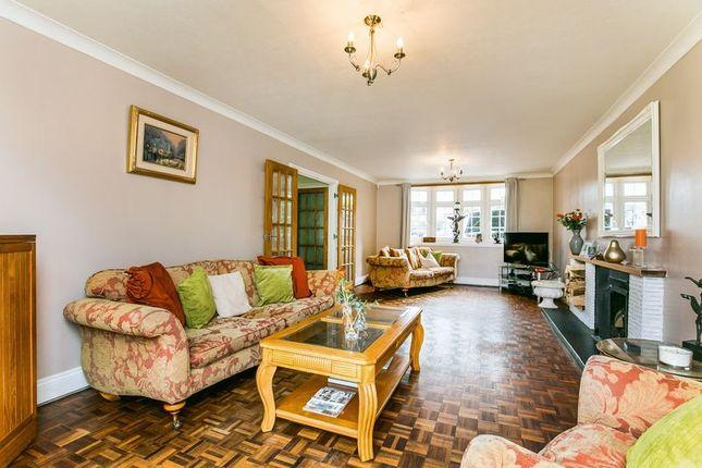Thumbnail Detached house for sale in Haling Park Gardens, South Croydon
