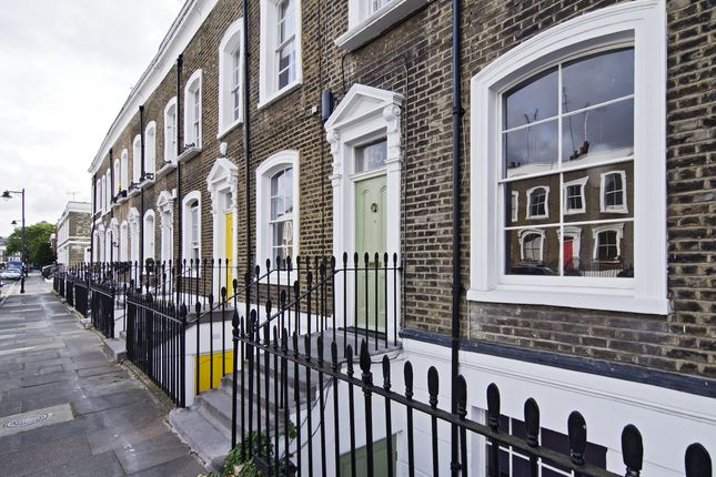Thumbnail Terraced house to rent in St. Paul Street, London
