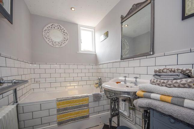 Family Bathroom of East Street, Rochford SS4