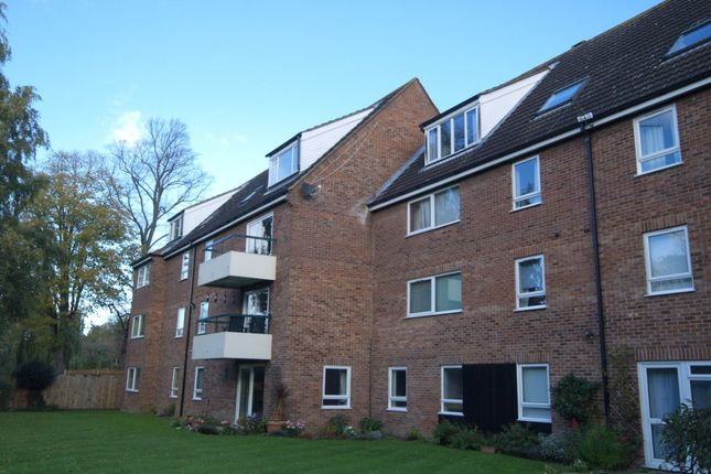 Thumbnail Flat to rent in St. Martins Close, Norwich