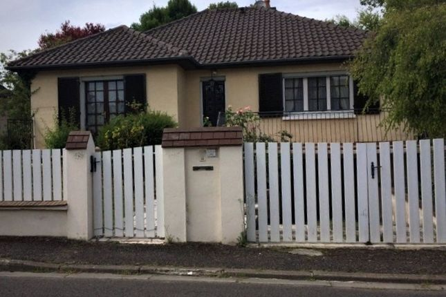 Thumbnail Property for sale in Champagne-Ardenne, Aube, Sainte Savine