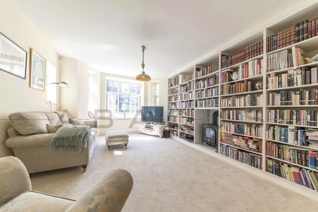 Thumbnail Flat for sale in Moreland Court, Finchley Road, London