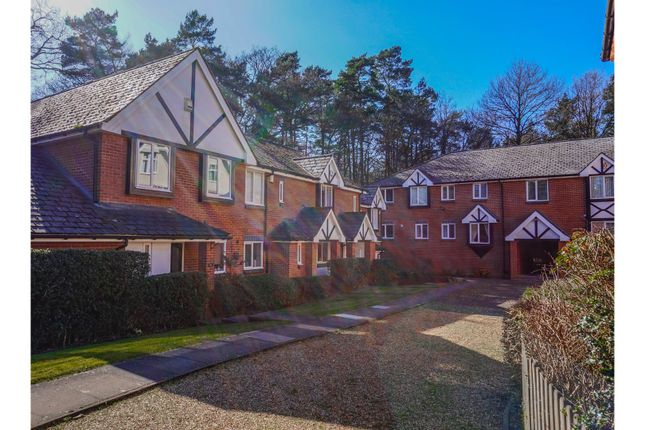 Thumbnail Mews house for sale in The Knoll, Heath Lane