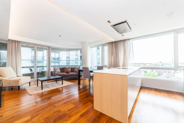 Flat for sale in Canaletto, City Road, London