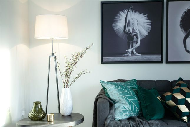 Lounge of Bluebrook Avenue, Hambleton, Poulton-Le-Fylde FY6