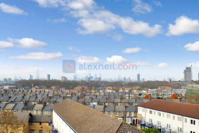 1 bed flat for sale in Taylor Close, London