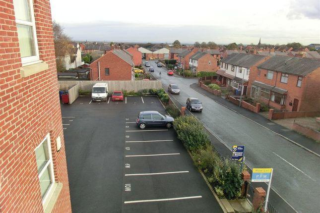 Parking of 10 Wardley Street, Wigan WN5