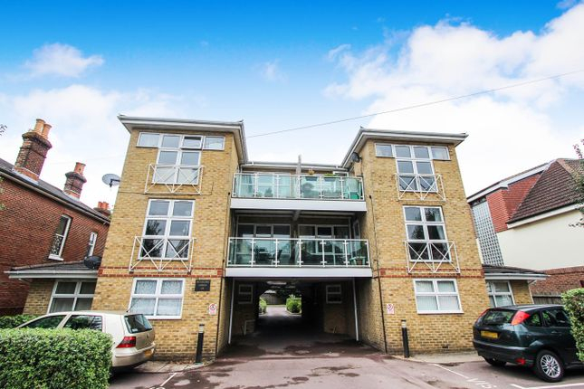 Thumbnail Flat for sale in Roberts Road, Southampton