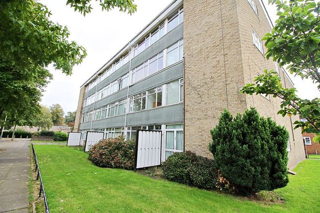 Thumbnail Maisonette to rent in Walpole Gardens, Norwich