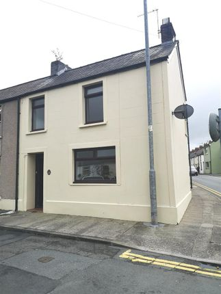 Thumbnail End terrace house to rent in Bank Row, Dew Street, Haverfordwest