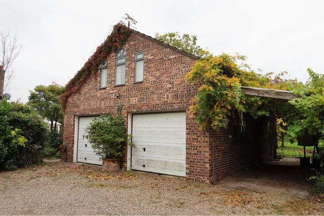 Double Garage of Horsemans Green, Whitchurch SY13