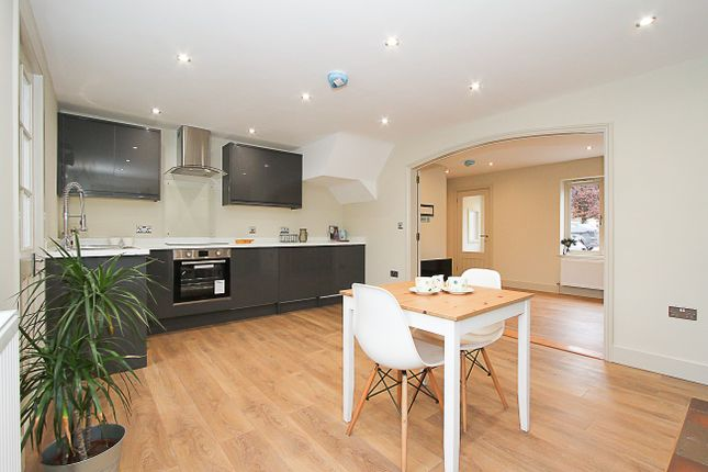 Thumbnail Terraced house for sale in New Road, Melbourn