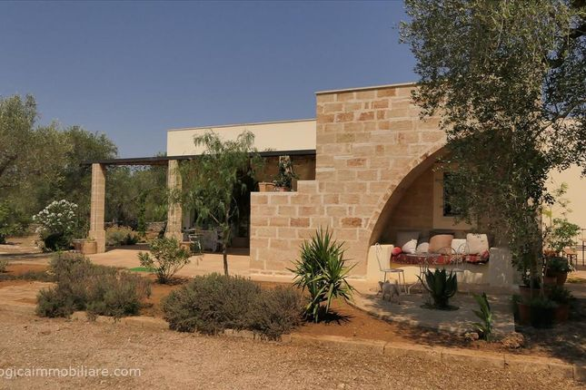 2 bed farmhouse for sale in Sp81, Tricase, Apulia