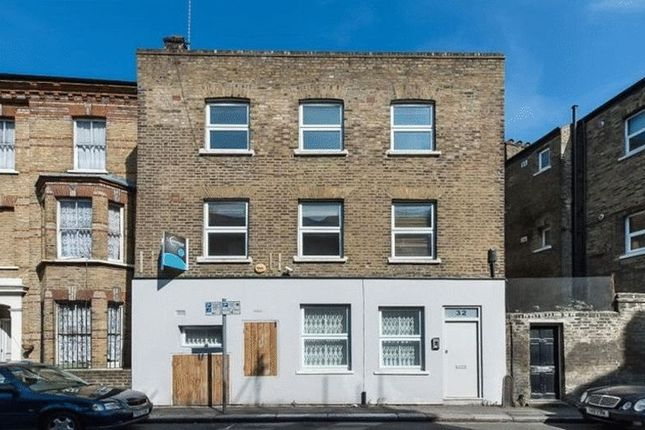 Thumbnail Flat for sale in Elliotts Row, London