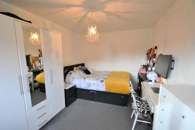 Bedroom 2 of Beckside, Tyldesley, Manchester M29