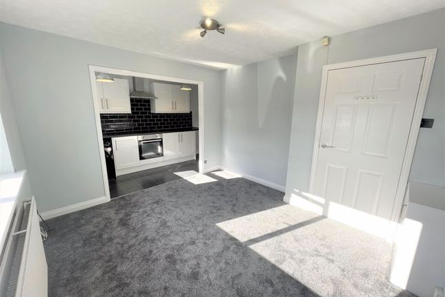 1 bed semi-detached house to rent in Newtown Close, Pendlebury, Swinton, Manchester M27