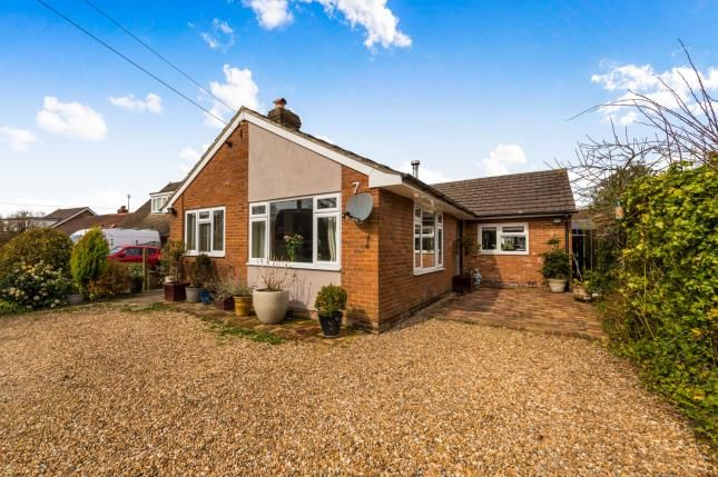 Thumbnail Bungalow for sale in Lower Platts, Ticehurst, East Sussex