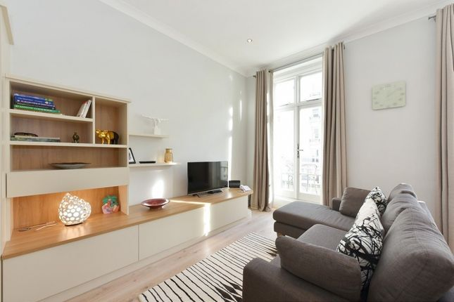 Thumbnail Flat to rent in Gloucester Street, Pimlico