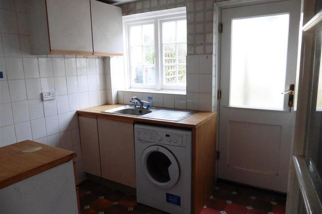 Kitchen of Sun Street, Lewes, East Sussex BN7