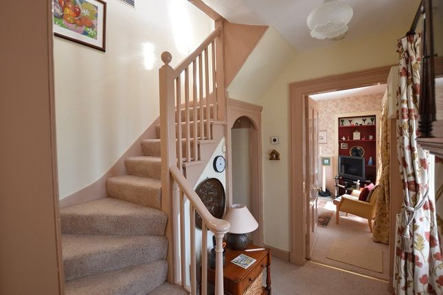 Entrance Hall of 7 Whinpark, Canal Road, Muirtown, Inverness IV3