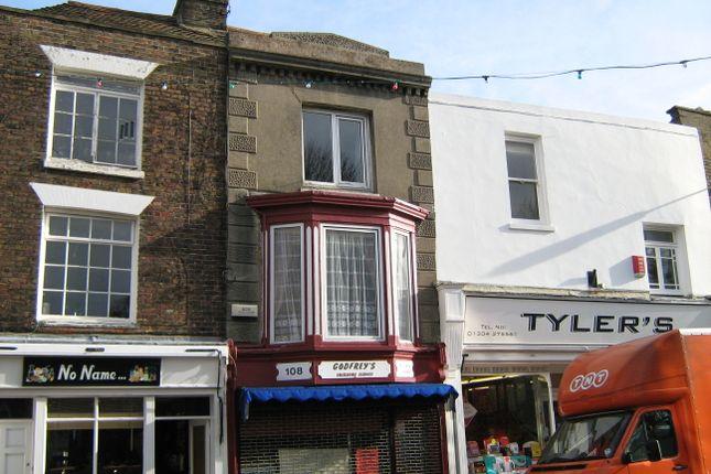 Thumbnail Maisonette to rent in High Street, D E A L