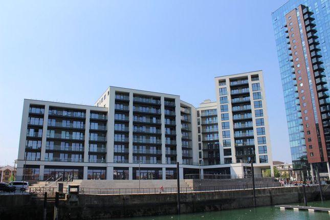 Thumbnail Flat to rent in Maritime Walk, Southampton