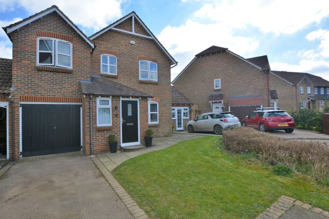 5 bed link-detached house for sale in The Bulrushes, Singleton, Ashford TN23