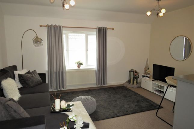 2 bed property for sale in Meadow Close, Merthyr Tydfil CF48