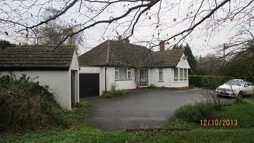 Thumbnail Bungalow to rent in Mill Orchard, East Hanney, Wantage