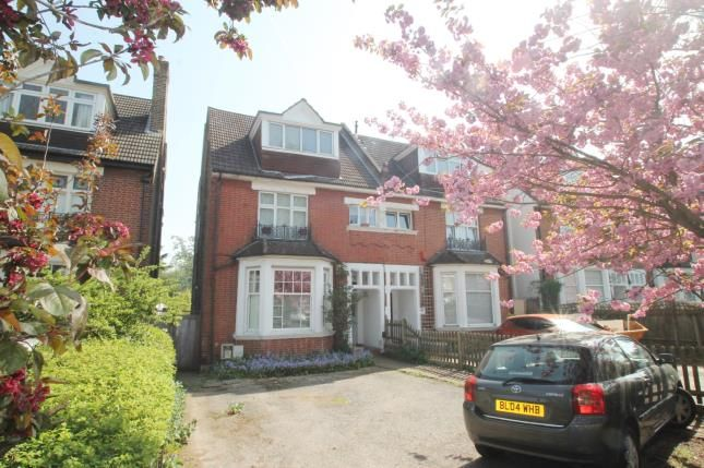 Thumbnail Flat for sale in Sherwood Park Road, Sutton, Surrey, England