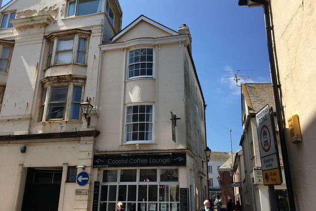 2 bed flat to rent in Dove Lane, Sidmouth