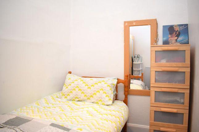 Zoopla  Bed Flat Edinburgh