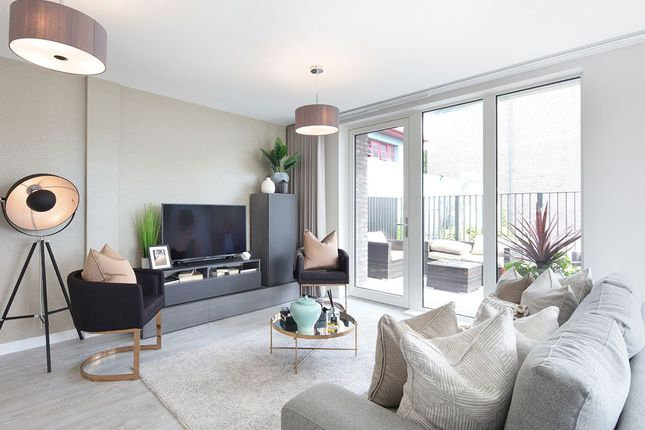 Thumbnail Flat for sale in Green Street, Upton Park, London