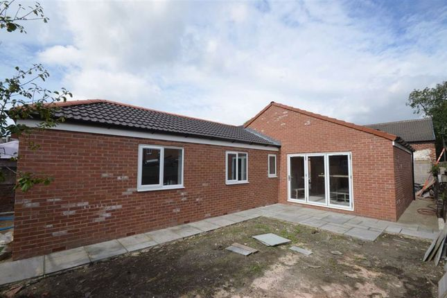 Thumbnail Detached bungalow for sale in Lower Oxford Street, Castleford, West Yorkshire