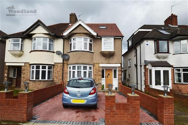 5 bed semi-detached house to rent in Syon Park Gardens, Isleworth