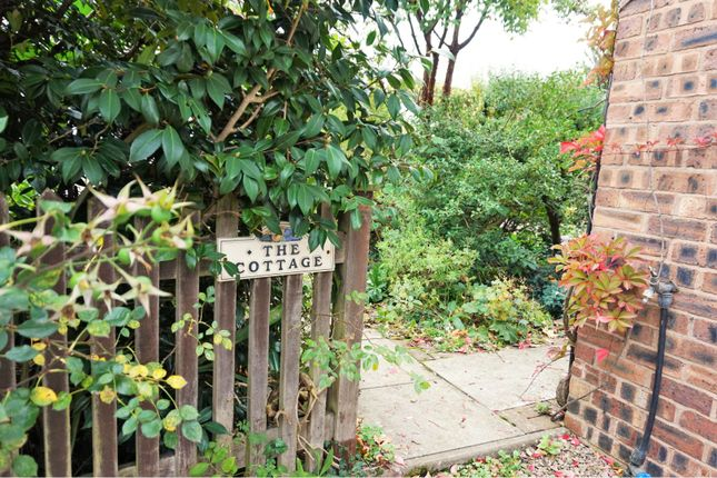 Entrance of Horsemans Green, Whitchurch SY13