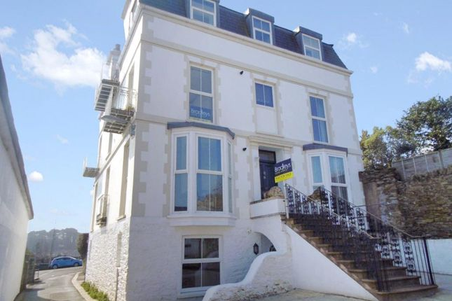 Thumbnail Flat to rent in Station Road, Saltash, Cornwall