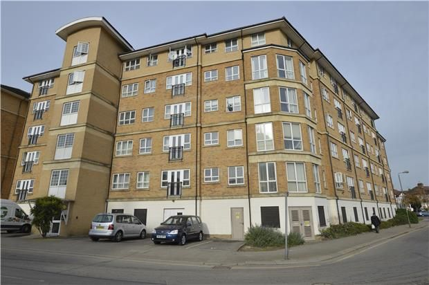 1 bed flat for sale in Geneva Court, 2 Rookery Way, London