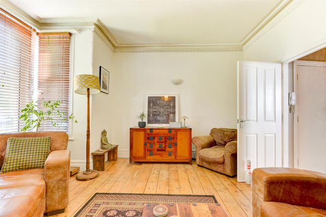 Reception of Fonthill Road, Hove BN3
