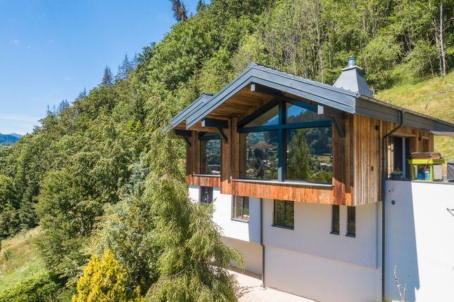 Thumbnail Chalet for sale in Route De Haute Montriond, Haute-Savoie, Rhône-Alpes, France