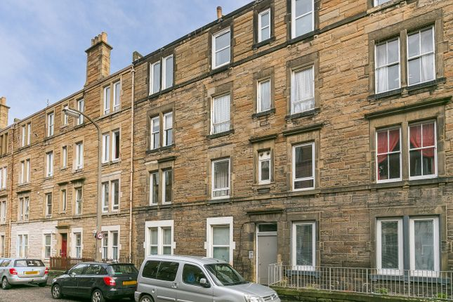Thumbnail Flat for sale in Dalgety Avenue, Edinburgh