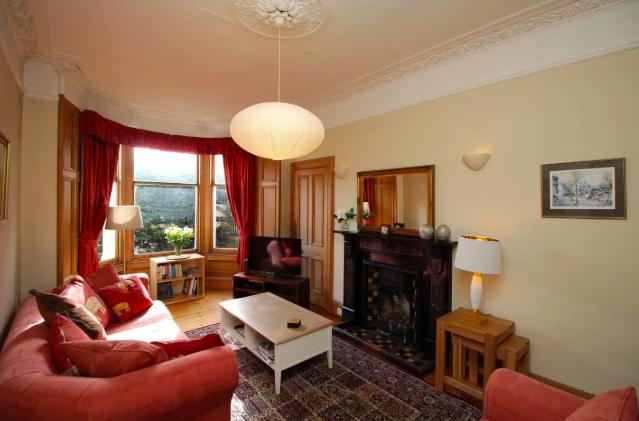 Thumbnail Flat to rent in Dalziel Place, Edinburgh